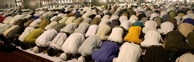 İslamiyet hak din ise, neden dünyada bu kadar çok inkar eden veya başka dinlerden olanlar var? İnsanların Müslüman olmasını engelleyenler kimlerdir?