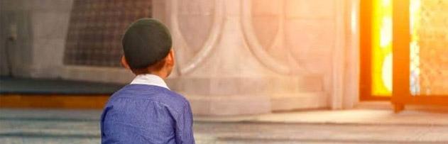 Cuma günü öğle namazı nasıl ve ne zaman kılınır?